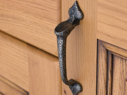 Traditional Handles