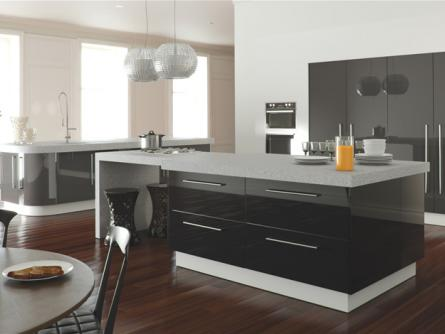 Zurfiz kitchen in Metallic Anthracite and Metallic Black Mix