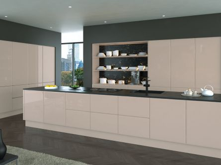 Lincoln style kitchen - High Gloss Cashmere