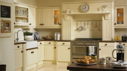 Newport  fitted Kitchen - Vanilla Finish