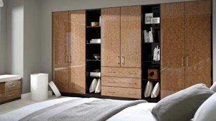 Zurfiz bedroom in ultragloss copperleaf