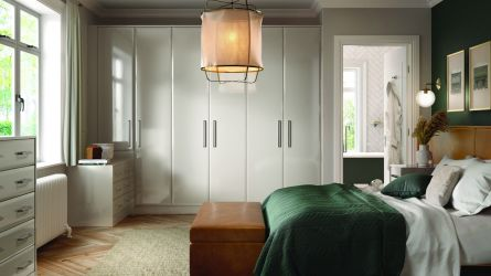 bella lincoln style bedroom - high gloss cashmere
