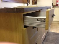 Drawer box fitted to kitchen unit