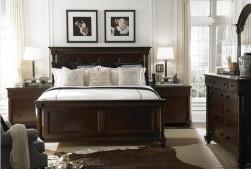 Dark tones bedroom