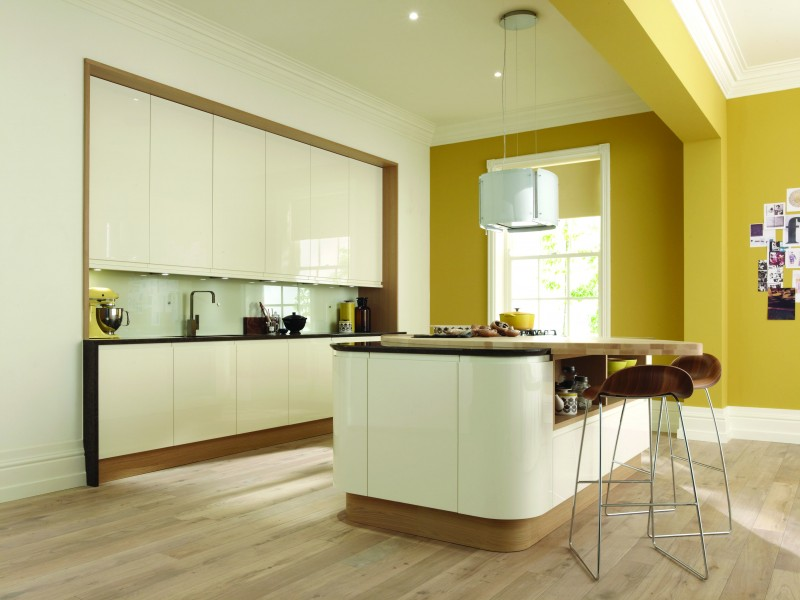 Handleless-Kitchen-Curved-Cream