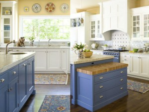 blue-kitchen-dresser