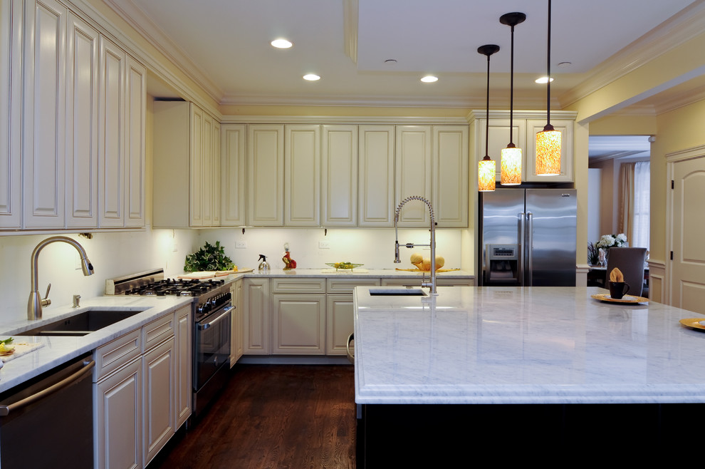 Under cabinet lighting in a kitchen