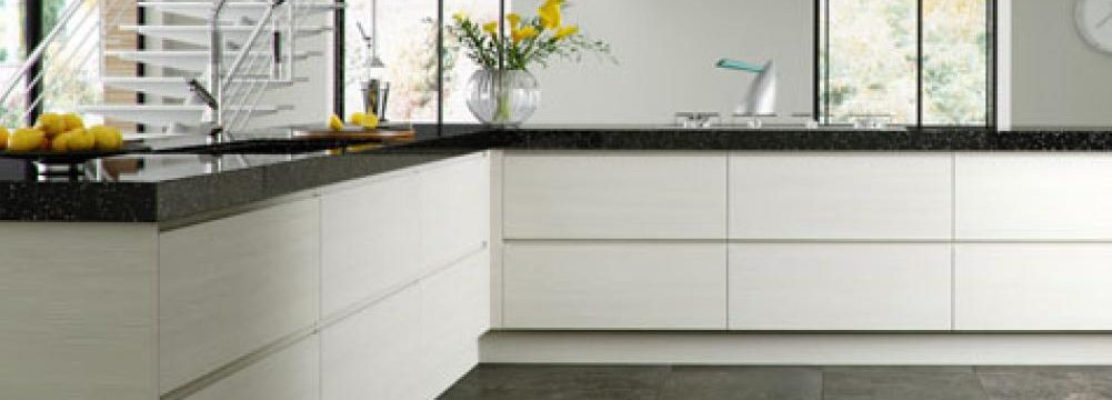 Handleless kitchen cabinets