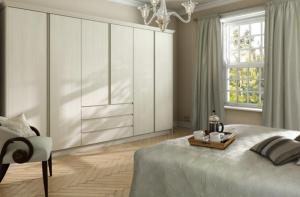 Handleless cream bedroom wardrobe