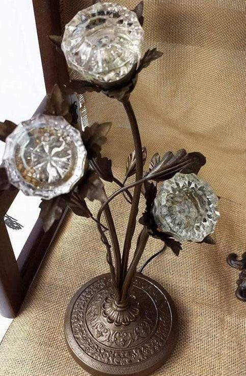 bedroom door knob flower stand