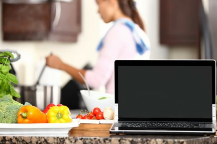 7 Kitchen Bloggers You Need to Follow